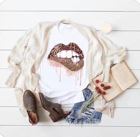 White Leopard Biting Lip Short Sleeve Tee Top