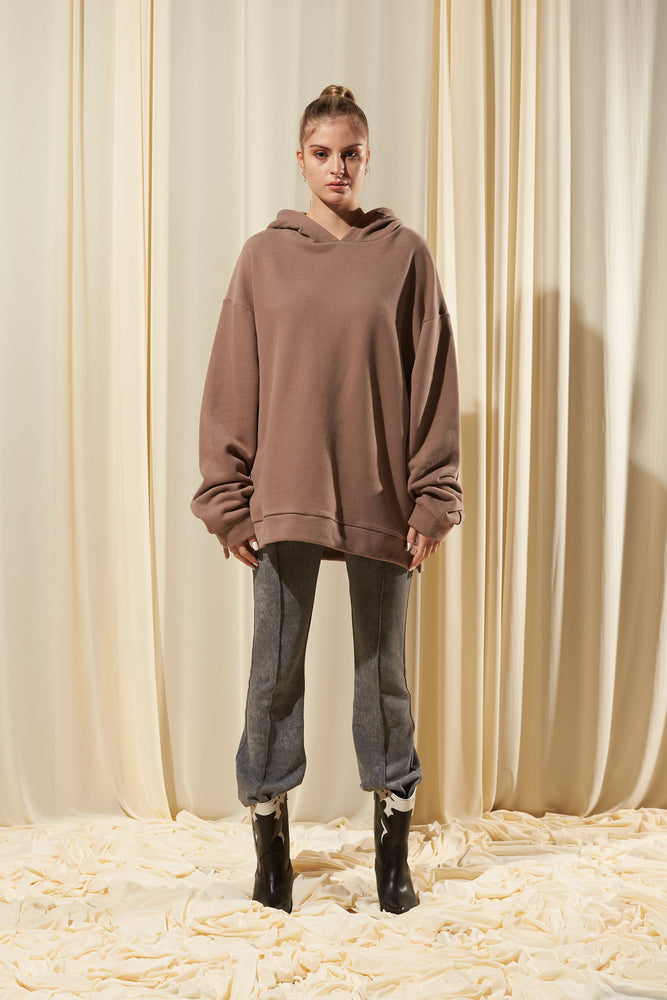 BROWN OVERSIZED HOODIE (IN STOCK)