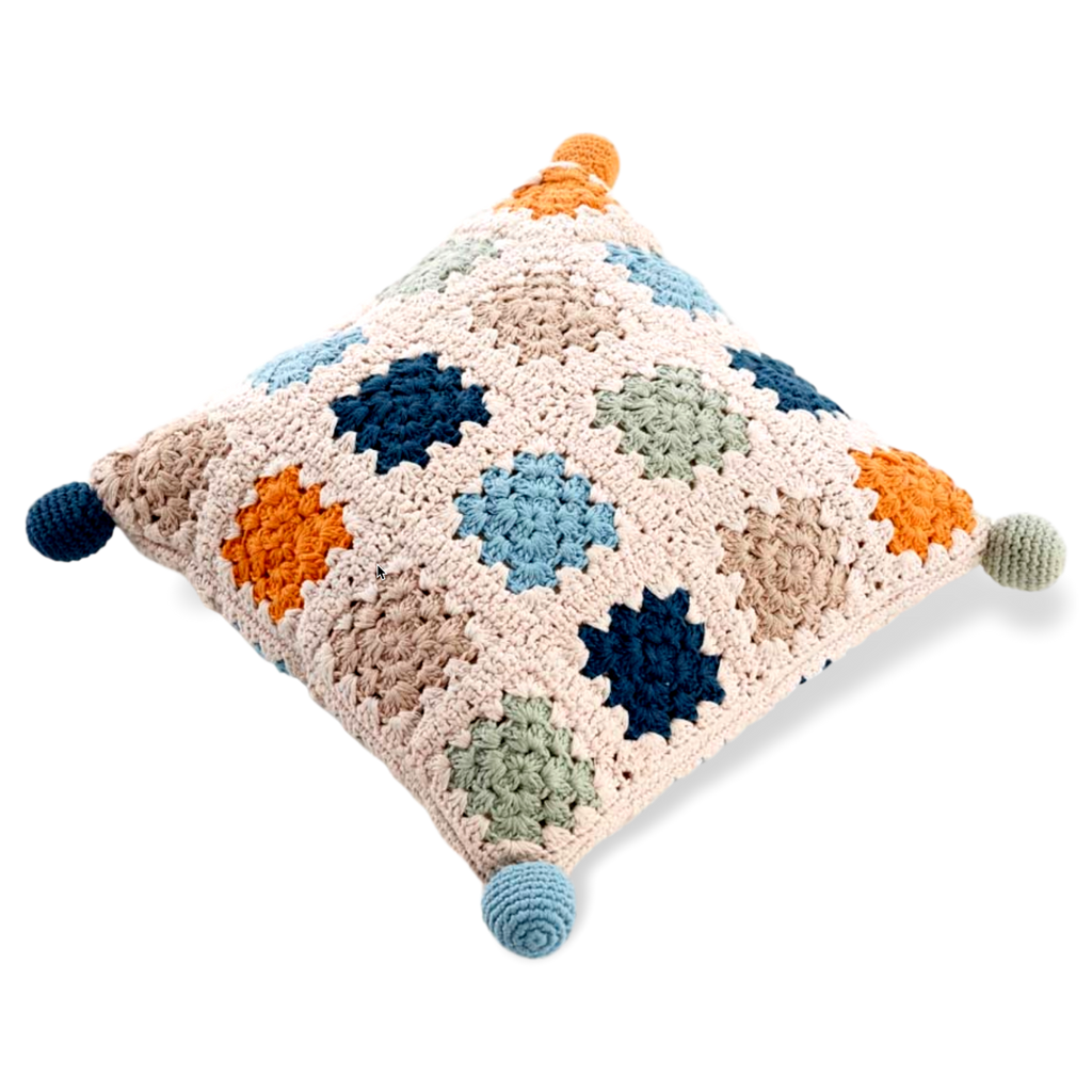Granny square cushion – Organic (2 colours) - Samana Living