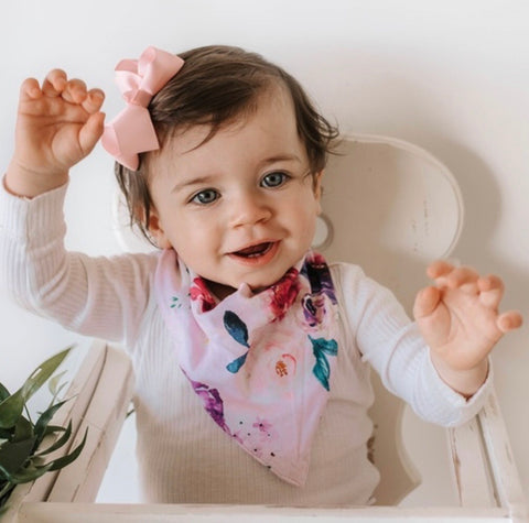 Floral Kiss - Dribble Bib