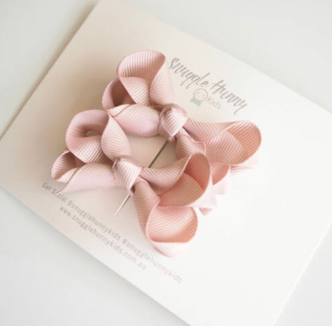 Nude Clip Bow