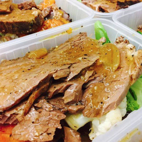 EAT REAL - ( Slow Cooked Pepper Gravy Beef Complete Meal)-(.. FROZEN ..)-  ( 430+gms )