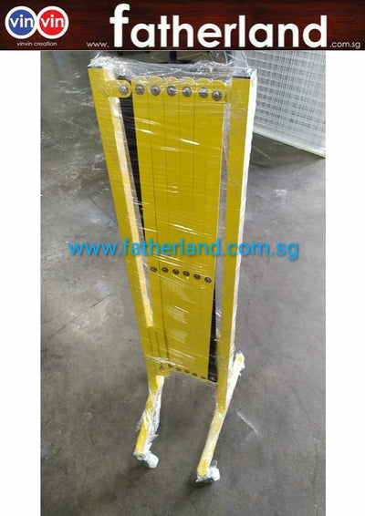 EXPANDABLE BARRICADE STEEL POLE,  YELLOW/BLACK, UP TO 2.8M. ( WITH WHEEL )