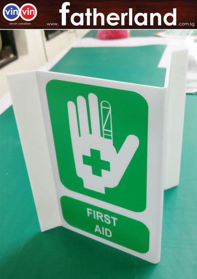 FIRST AID TRIANGLE SIGN