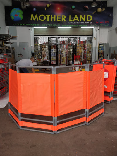 VINVIN 4 LAYER LIFT FOLDING BARRIER