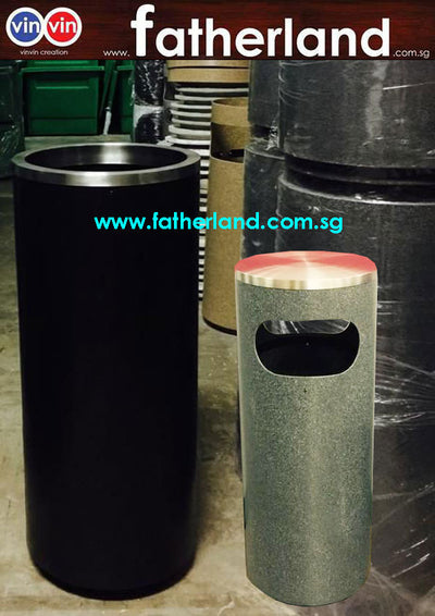 Recycle Bin With Stainless Steel Rim Closed top cover