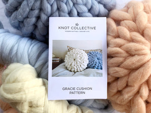 Chunky knit cushion kit