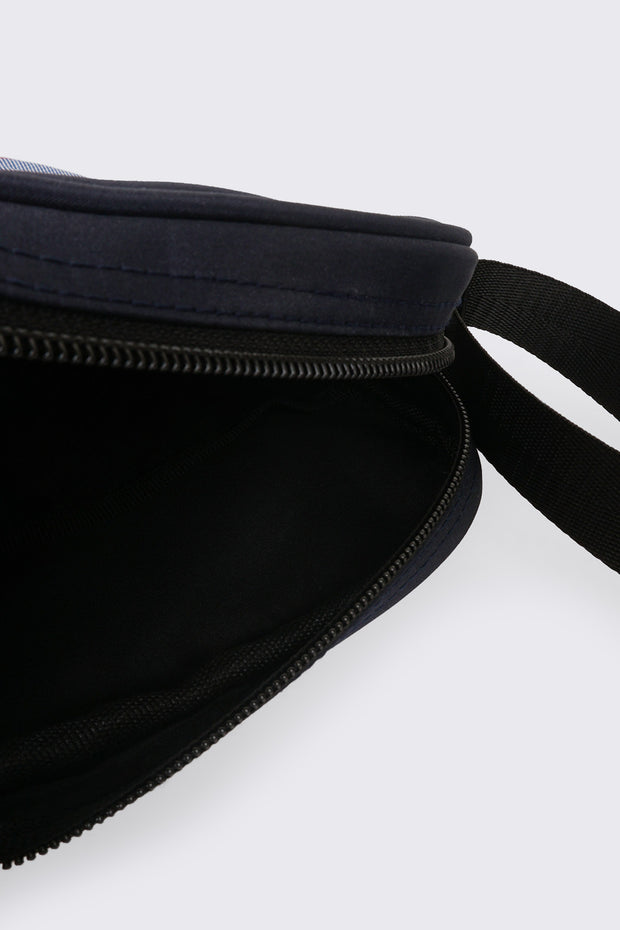 Sling Bag With Material Blocking