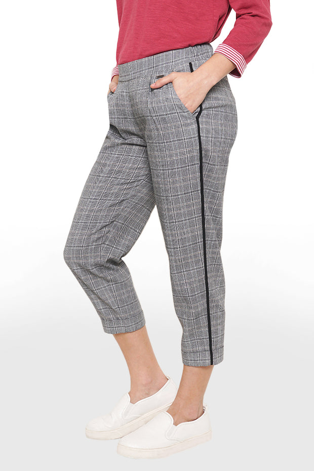 Mid Rise Trousers With Elastic Waistband