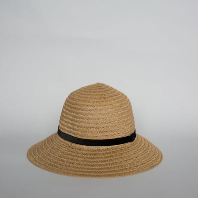 SO SHADY VELVET HAT NATURAL W. BLACK
