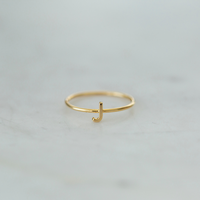 Little Letter Ring Gold