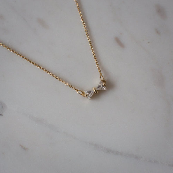Bow Peep Necklace Gold
