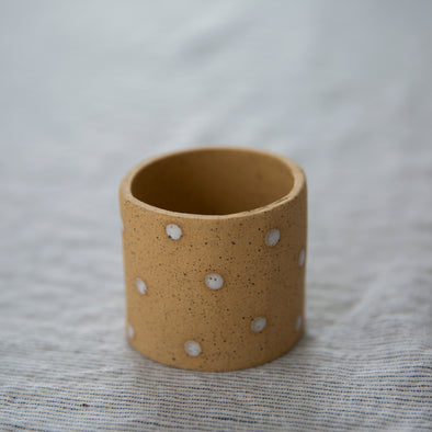 Dotty Natural Pot