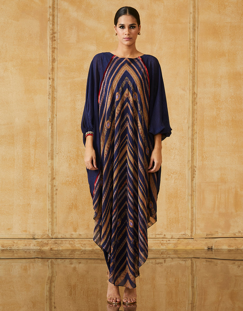 Kaftan Style Long Kurta With Slip