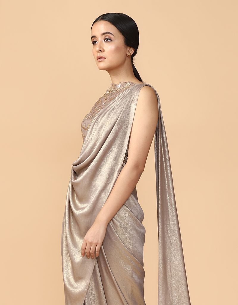 Pre-Draped & Foil-Textured Concept Saree