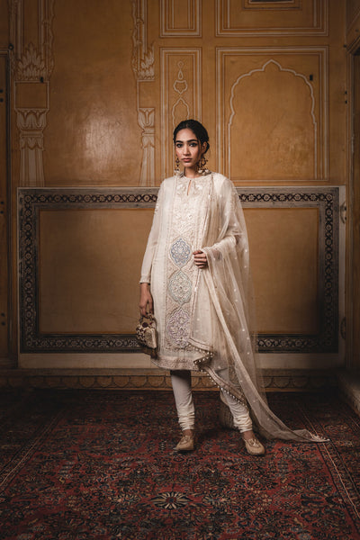 Kurta In Georgette With Multi-Coloured Appliqué Work And Resham Embroidery. Paired With A Tulle Dupatta And Trousers  In Cutwork Chanderi Fabric.