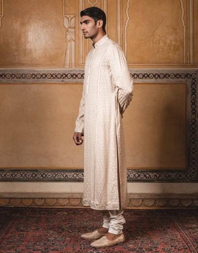 Kurta In Pure Georgette Featuring Intricate Thread Work, Paired With Coordinated Churidar.