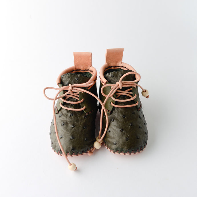 Handmade leather baby shoes. Toddler. Ostrich.
