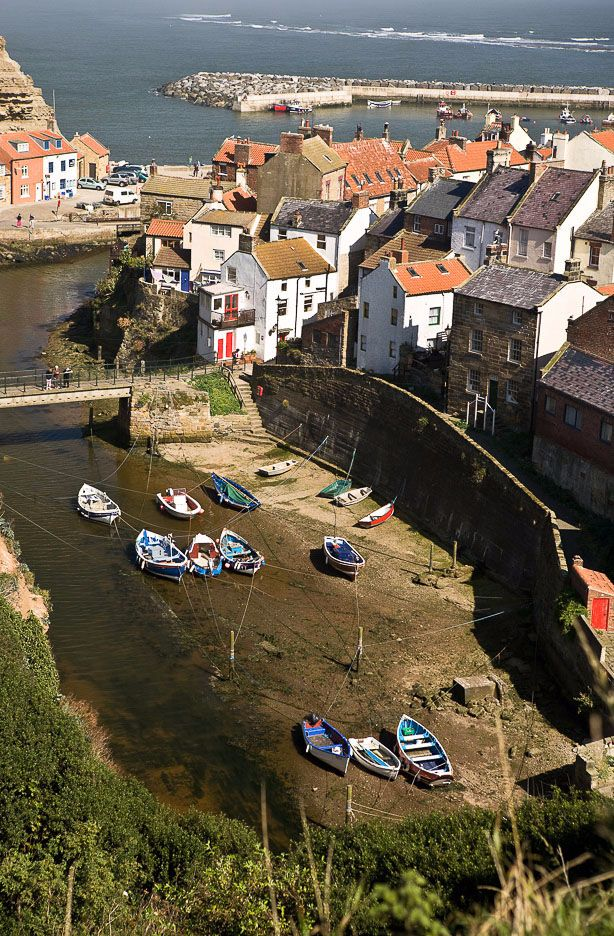 Staithes Harbour 2 Ref-SC2092