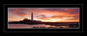 Saint Mary's Lighthouse dawn Ref-PC70