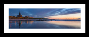 Tynemouth Longsands blue dawn Ref-PC2136