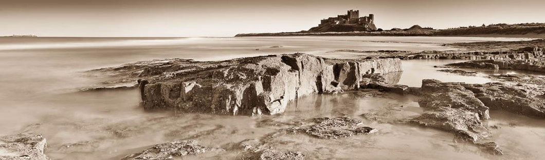 Bamburgh Castle rocks Ref-PSBCR5