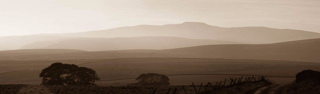 Ingleborough sunset Ref-PS56