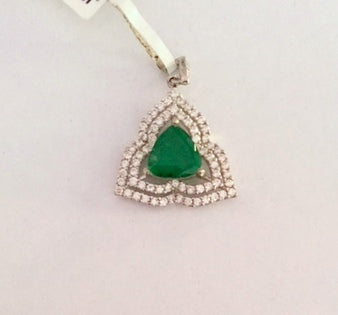 Sparkling 925 sterling silver beautiful colorstone pendant