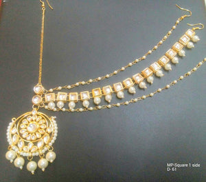 Lovely Gold-Toned Kundan And Pearls Mathapatti