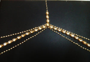 Beautiful Kundan And Pearls Mathapatti