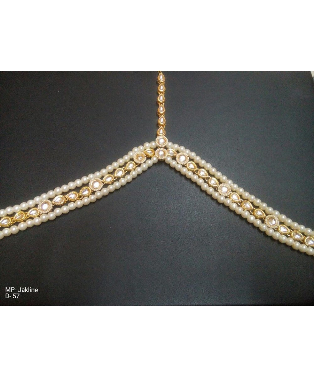 Kundan And Pearls Mathapatti