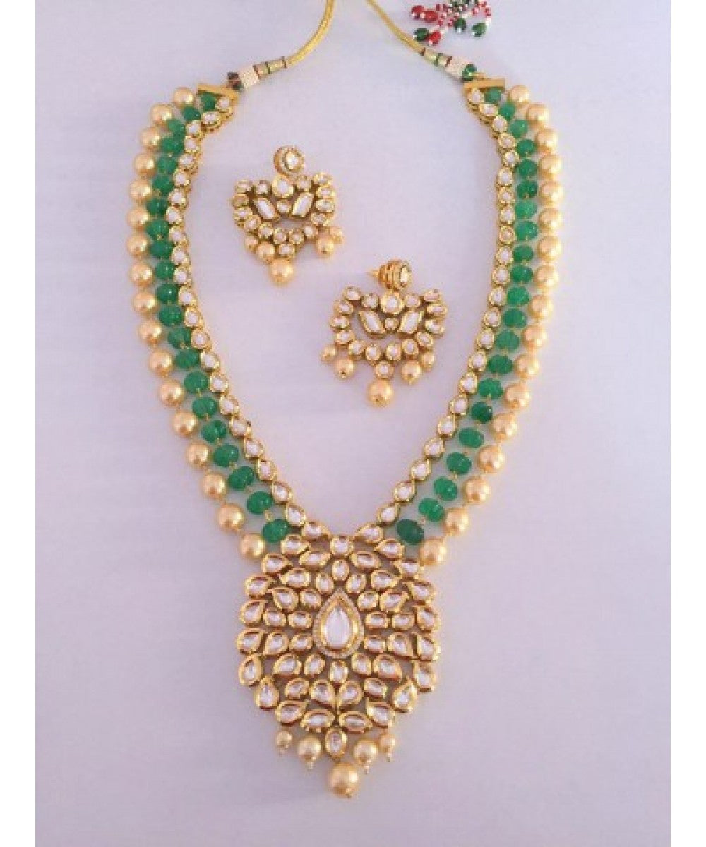 Classic Emeralds Pearls Kundan Bridal Set