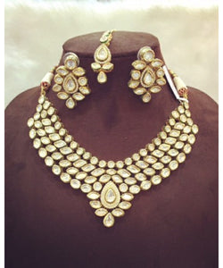 Marvelous Marquise Shaped Kundan Bridal Necklace Set