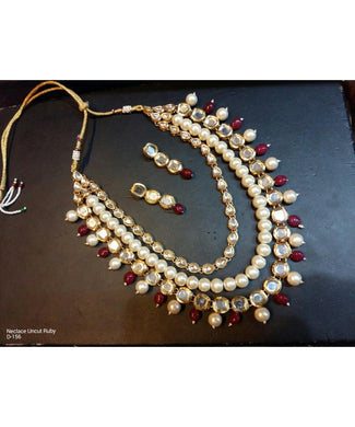 Pearls And Kundan Necklace With Matching Earrings