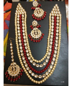 Big Pearls And Kundan Necklace With Matching Earrings And Maangtikka