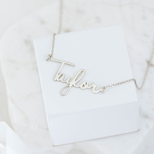 a sterling silver name necklace