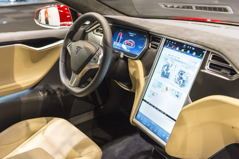 tesla-model-s-electric-luxury-interior-1024x683