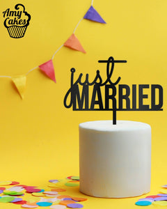 Just Married Topper