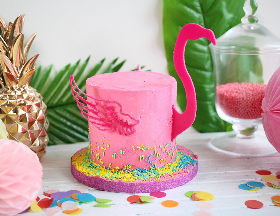 Flamingo Cake Kit Topper – AmyCakes Toppers