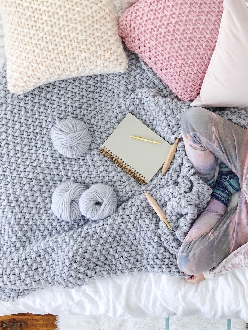 VERONICA chunky knit blanket pattern