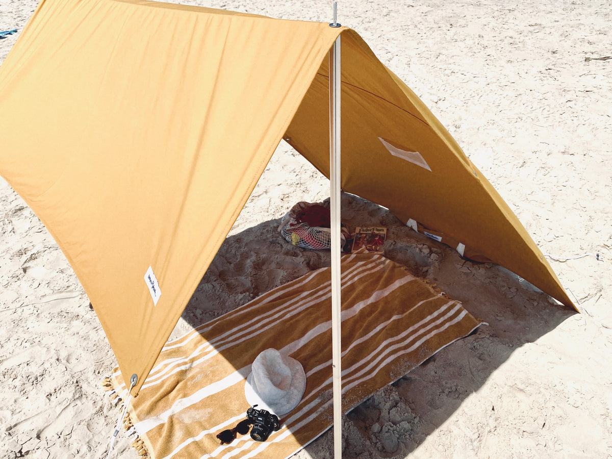 The Holiday Beach Tent - Vintage Gold