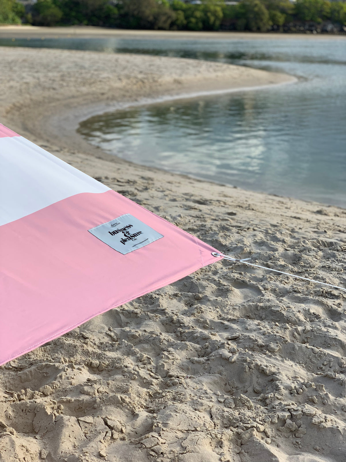 The Holiday Beach Tent - Pink Stripe