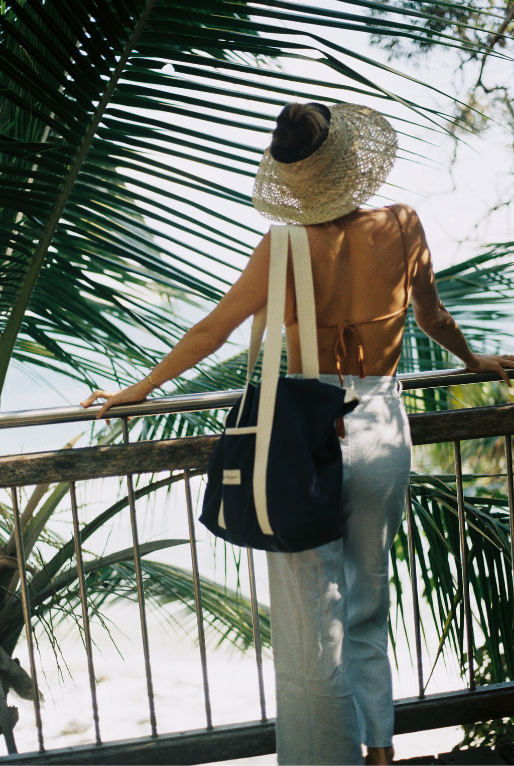 The Beach Bag - Boathouse Navy