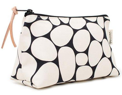 STENAR wash bag - white on black