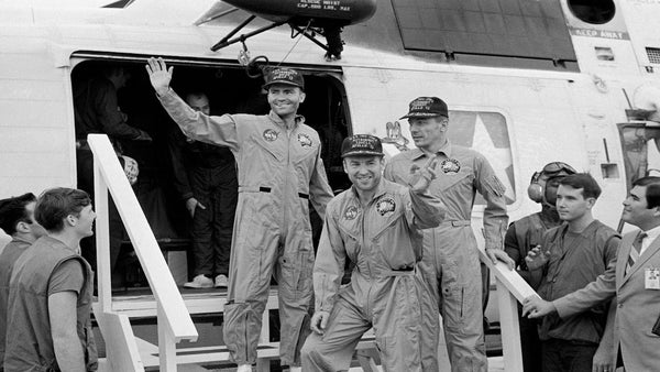 The Apollo 13 crew did not actually fight.