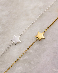 Dainty Star Bracelets in gold and silver