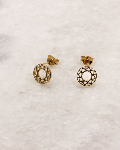 Round delicate circle stud earrings with filigree design in gold