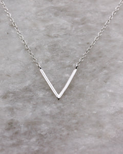 Contemporary v chevron necklace in silver