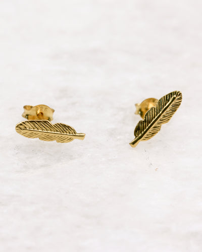 Gold small feather stud earrings