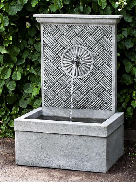 Solaris Fountain